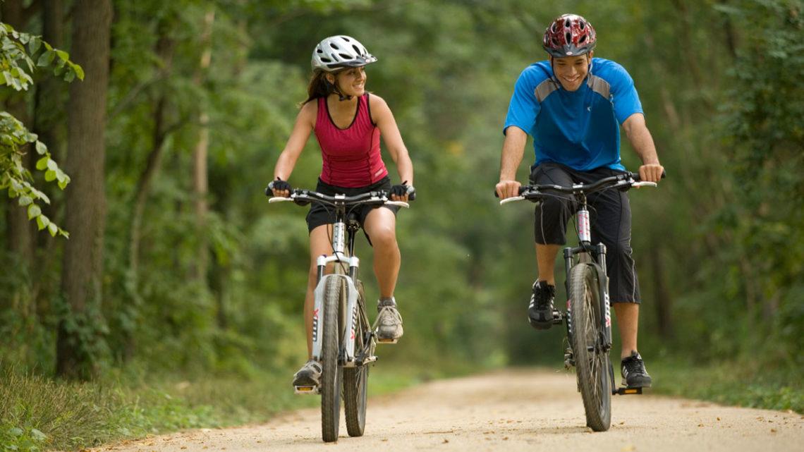 Велосипедные прогулки и велотренажер для похудения