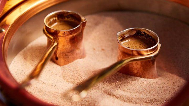 Приготовление  зеленого кофе в турке